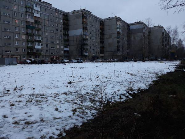 Министерство по просьбам жителей освободило от недостроя участок на ул.Комсомольской в Нижнем Новгороде