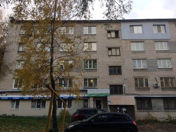Продается помещение на1-ом этаже многоквартирного жилого дома вцентре Нижнего Новгорода